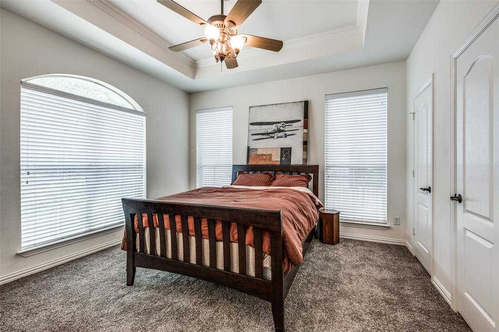 6405 Grand  Avenue, Dallas, Texas 75223 - acquisto real estate best frisco real estate broker in texas for high net worth buyers