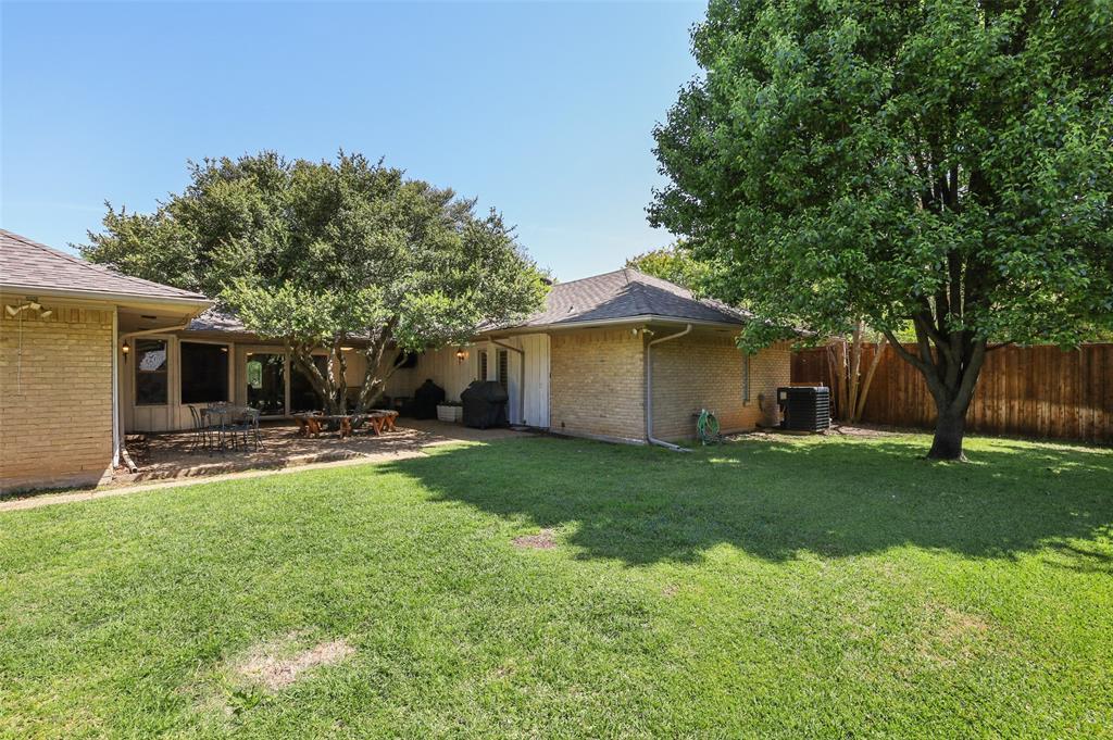 4016 Myerwood  Lane, Dallas, Texas 75244 - acquisto real estate best frisco real estate agent amy gasperini panther creek realtor