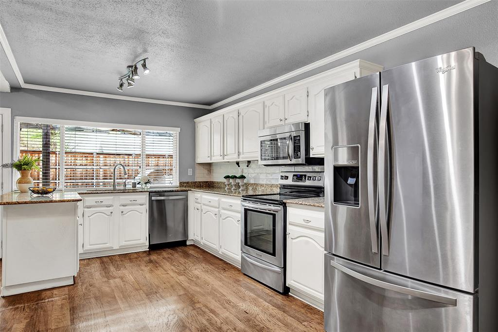 2108 Newcombe Drive, Plano, Texas 75093 - acquisto real estate best highland park realtor amy gasperini fast real estate service