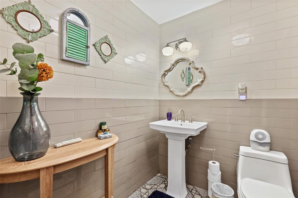 1347 Acapulco  Drive, Dallas, Texas 75232 - acquisto real estate best looking realtor in america shana acquisto