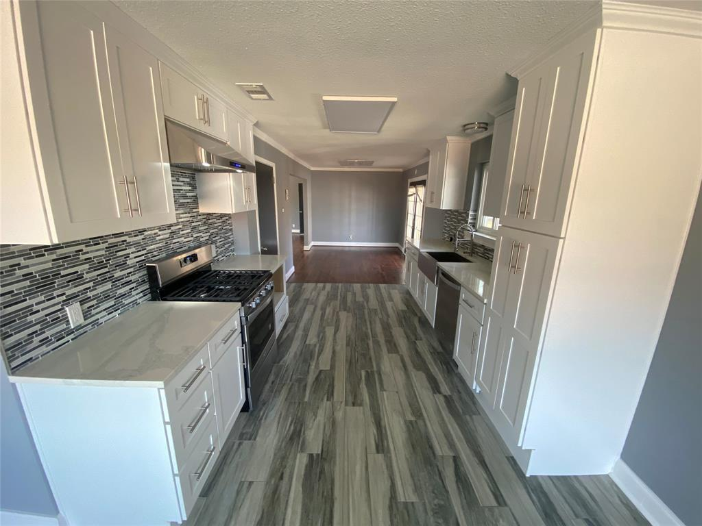 1633 Black Hawk Lane, Garland, Texas 75043 - acquisto real estate best style realtor kim miller best real estate reviews dfw