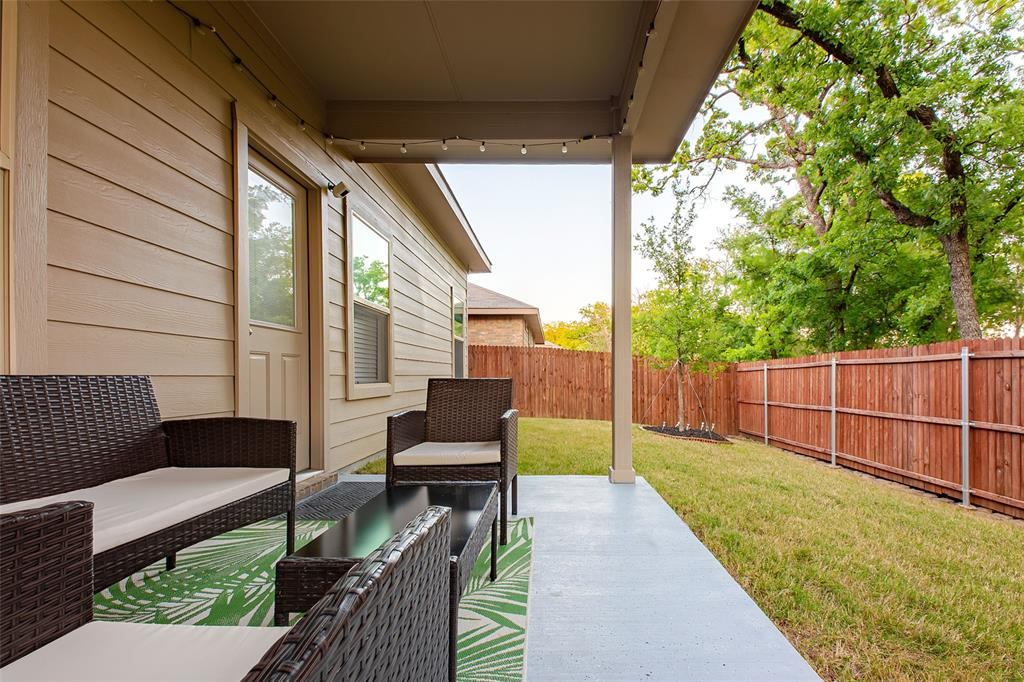 8240 Brashear  Trail, Fort Worth, Texas 76120 - acquisto real estate best realtor dallas texas linda miller agent for cultural buyers