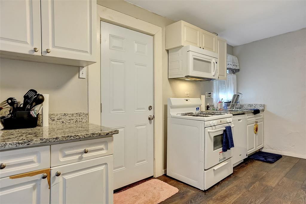 710 Scullin Avenue, Denison, Texas 75020 - acquisto real estate best new home sales realtor linda miller executor real estate