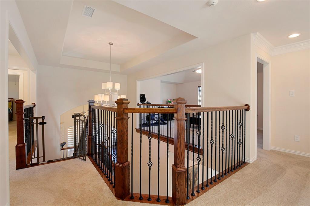 7335 Meler Lane, Irving, Texas 75063 - acquisto real estate best realtor foreclosure real estate mike shepeherd walnut grove realtor