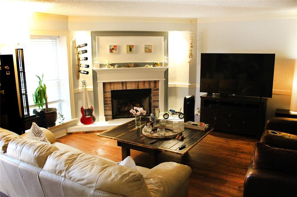 5903 Copperwood  Lane, Dallas, Texas 75248 - acquisto real estate best allen realtor kim miller hunters creek expert