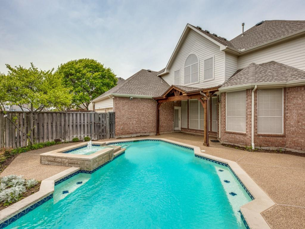 3708 Brookfield  Drive, Plano, Texas 75025 - acquisto real estate best realtor dfw jody daley liberty high school realtor