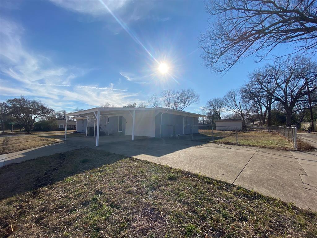 1633 Black Hawk Lane, Garland, Texas 75043 - acquisto real estate best allen realtor kim miller hunters creek expert