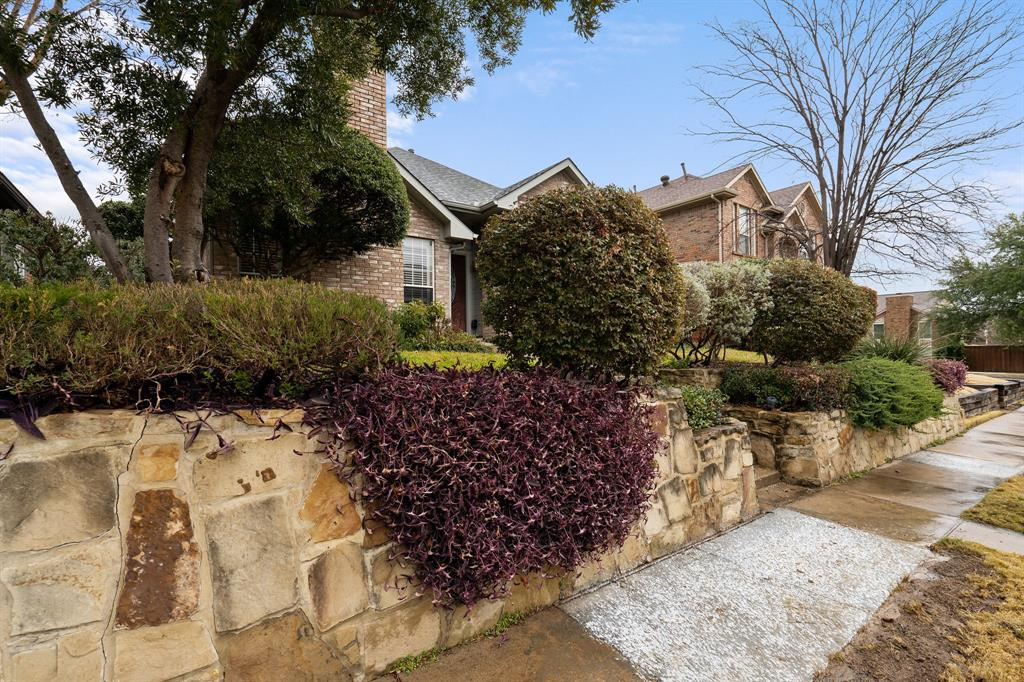 4623 Dusk Meadow Drive, Carrollton, Texas 75010 - acquisto real estate best new home sales realtor linda miller executor real estate