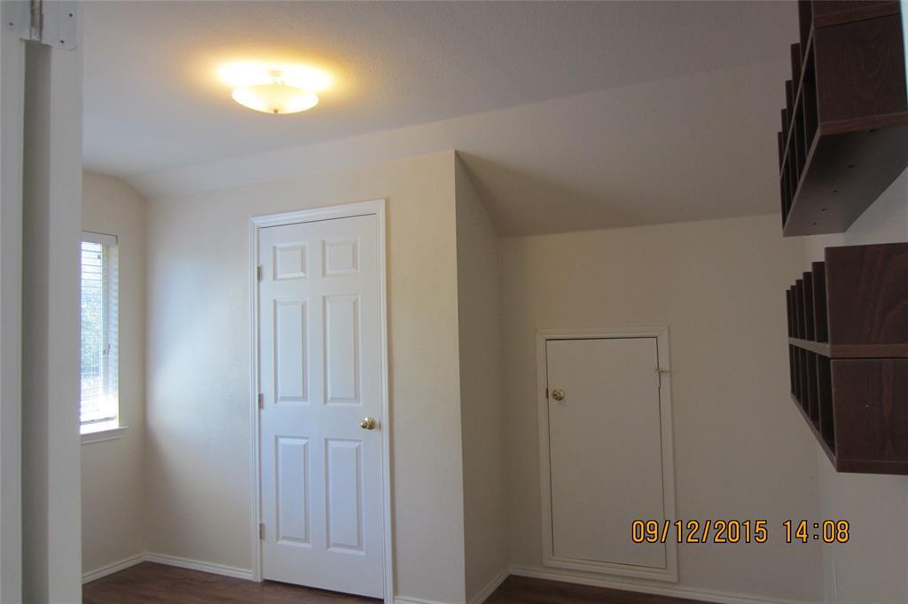 1220 Cardinal Way, Aubrey, Texas 76227 - acquisto real estate best plano real estate agent mike shepherd