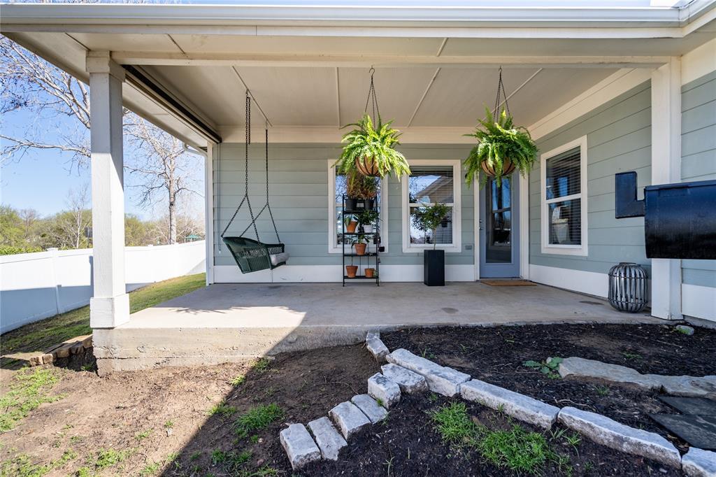1700 Azalea Drive, Savannah, Texas 76227 - acquisto real estate best luxury home specialist shana acquisto
