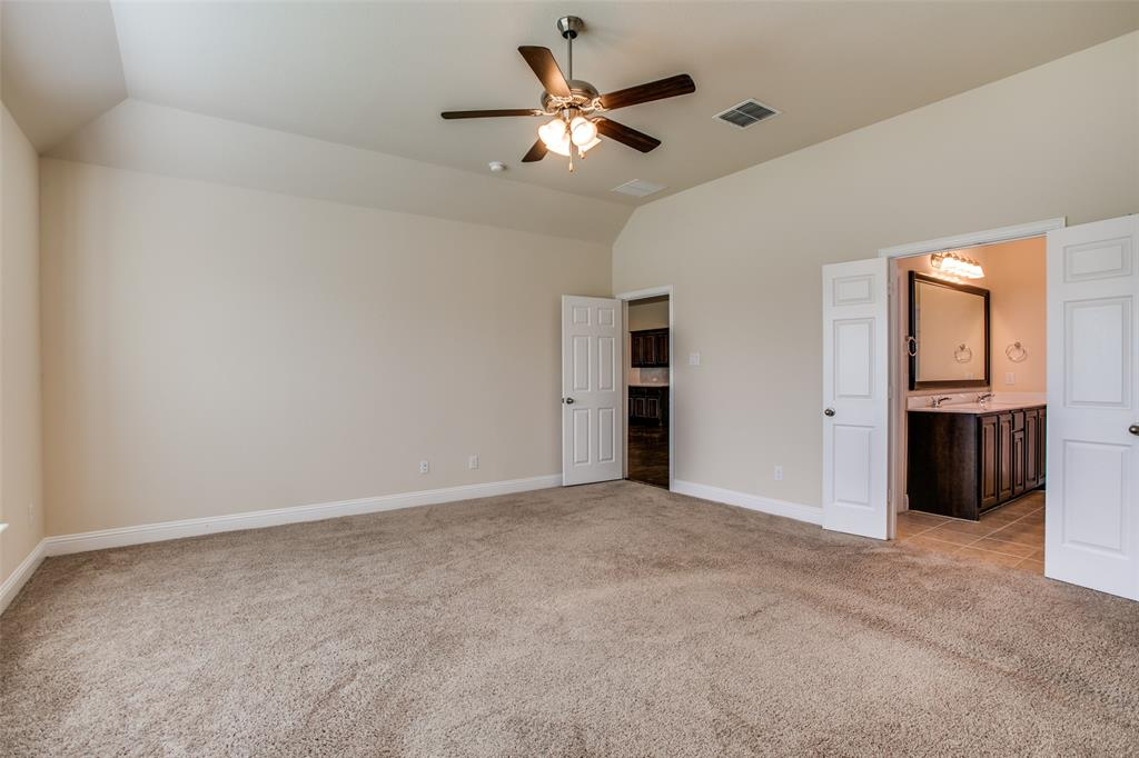 275 Ovaletta  Drive, Justin, Texas 76247 - acquisto real estate best frisco real estate broker in texas for high net worth buyers