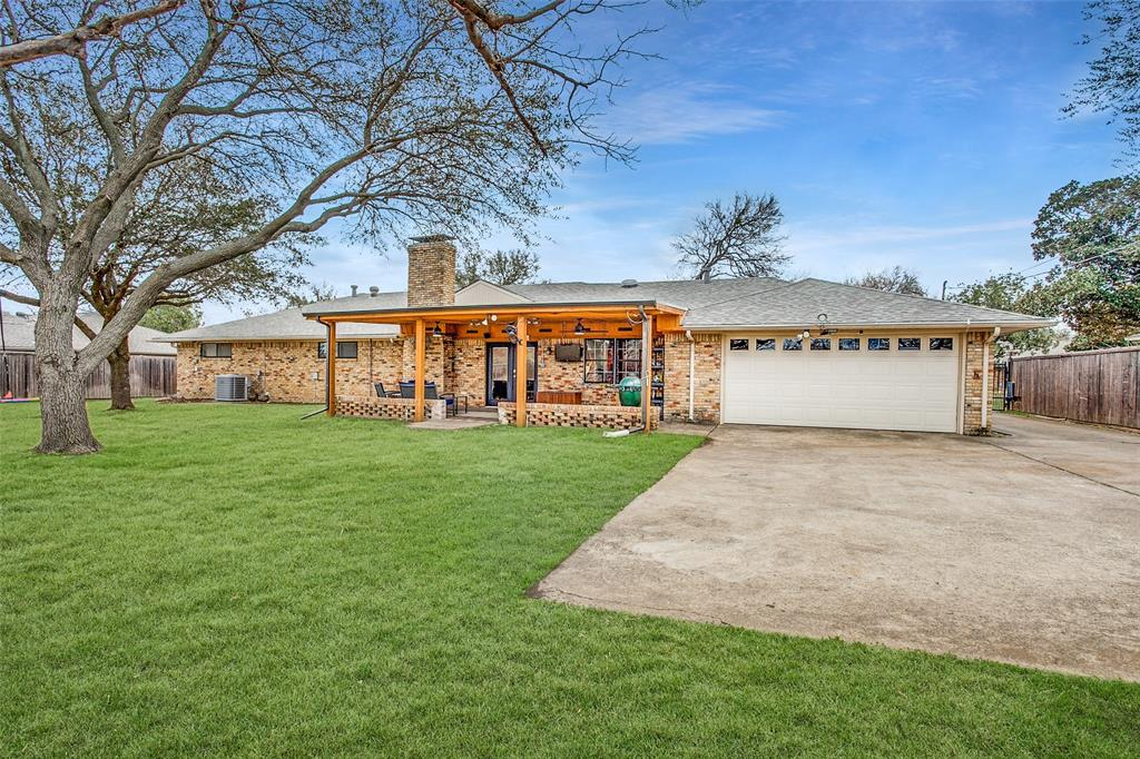3747 Townsend Drive, Dallas, Texas 75229 - acquisto real estate best realtor dallas texas linda miller agent for cultural buyers