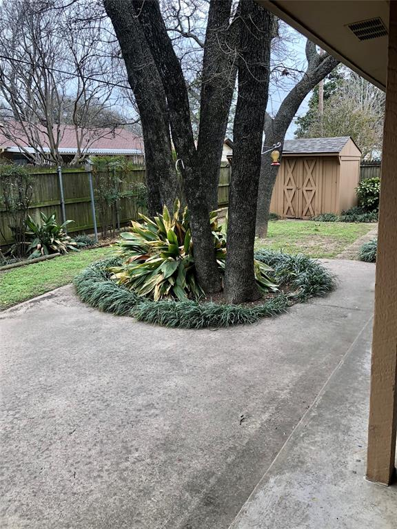 6704 Gary Lane, Fort Worth, Texas 76112 - acquisto real estate best highland park realtor amy gasperini fast real estate service
