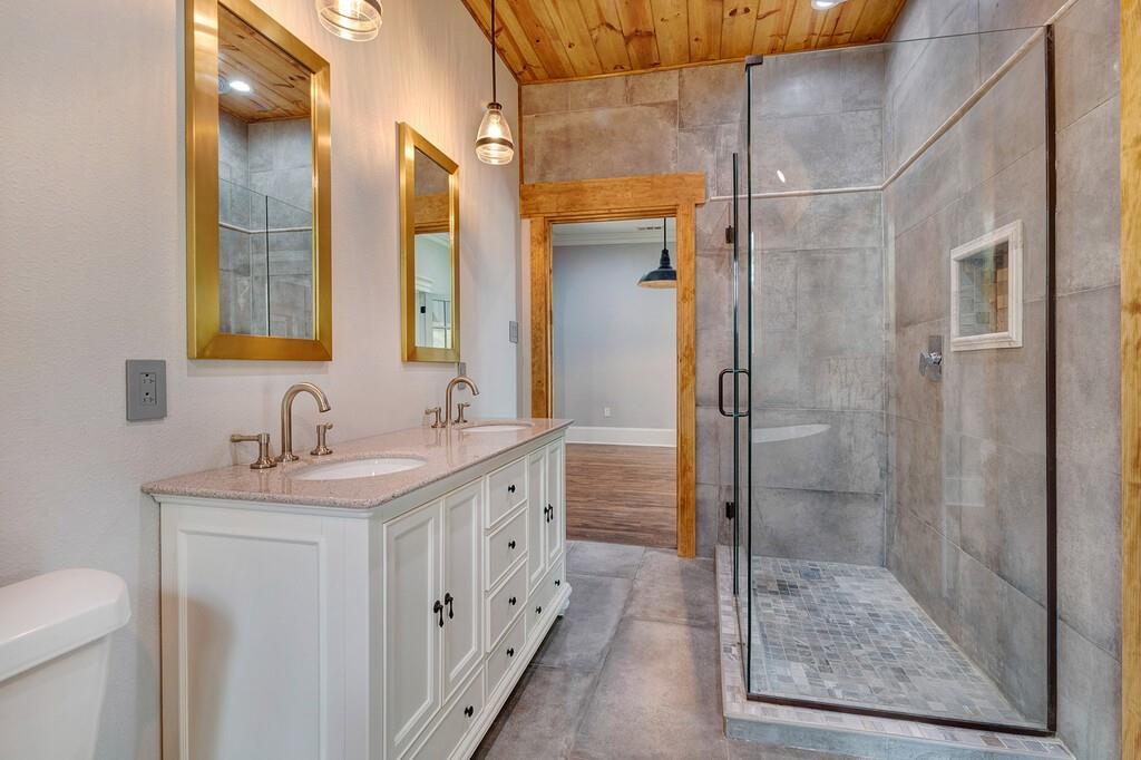 311 Pacific Avenue, Terrell, Texas 75160 - acquisto real estate best negotiating realtor linda miller declutter realtor
