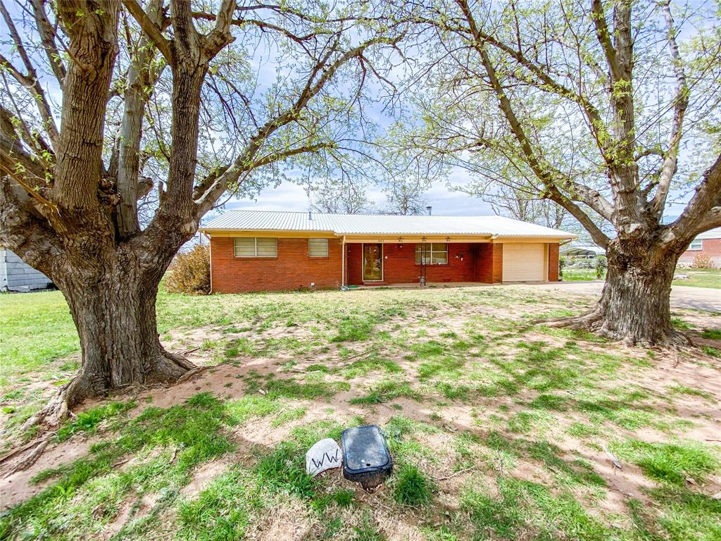 1203 Avenue L  Haskell, Texas 79521 - acquisto real estate best allen realtor kim miller hunters creek expert