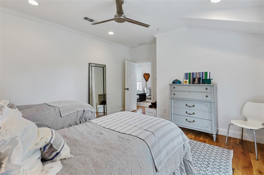 560 Northlake  Drive, Dallas, Texas 75218 - acquisto real estate nicest realtor in america shana acquisto