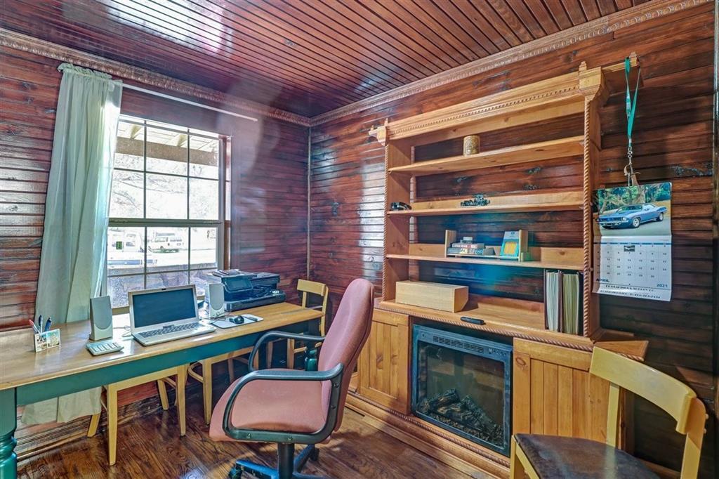 925 Hemlock Drive, West Tawakoni, Texas 75474 - acquisto real estate best park cities realtor kim miller best staging agent