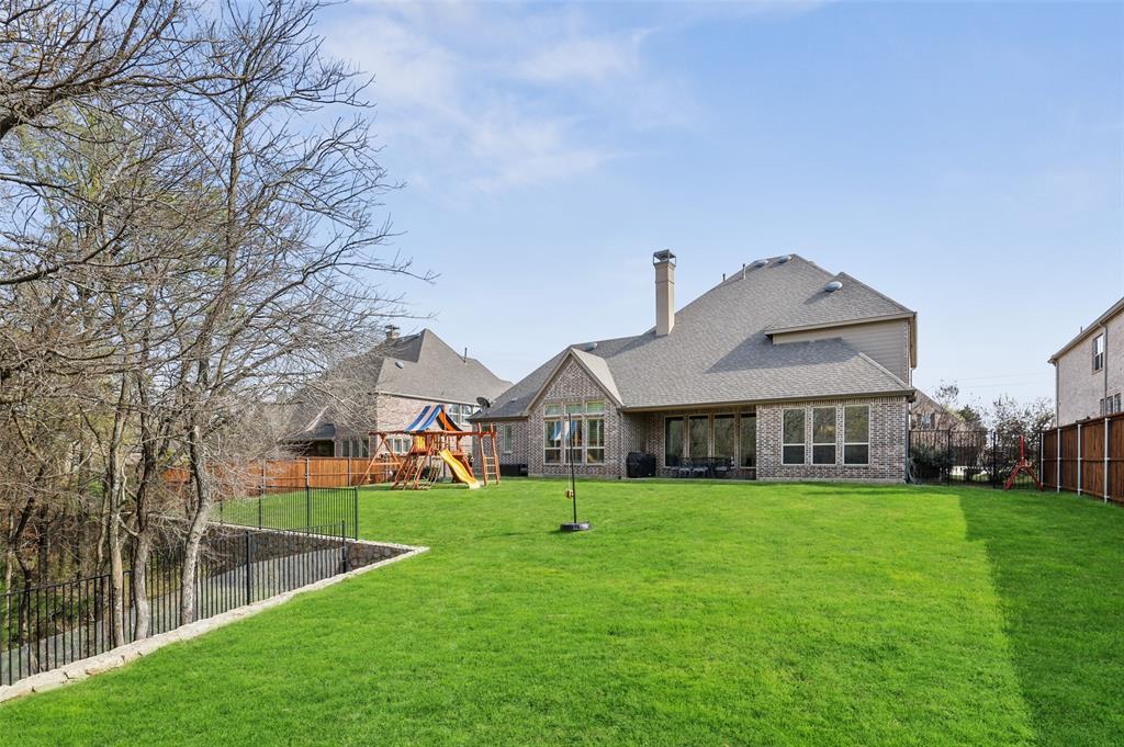 1932 Foxborough Trail, Flower Mound, Texas 75028 - acquisto real estate best negotiating realtor linda miller declutter realtor