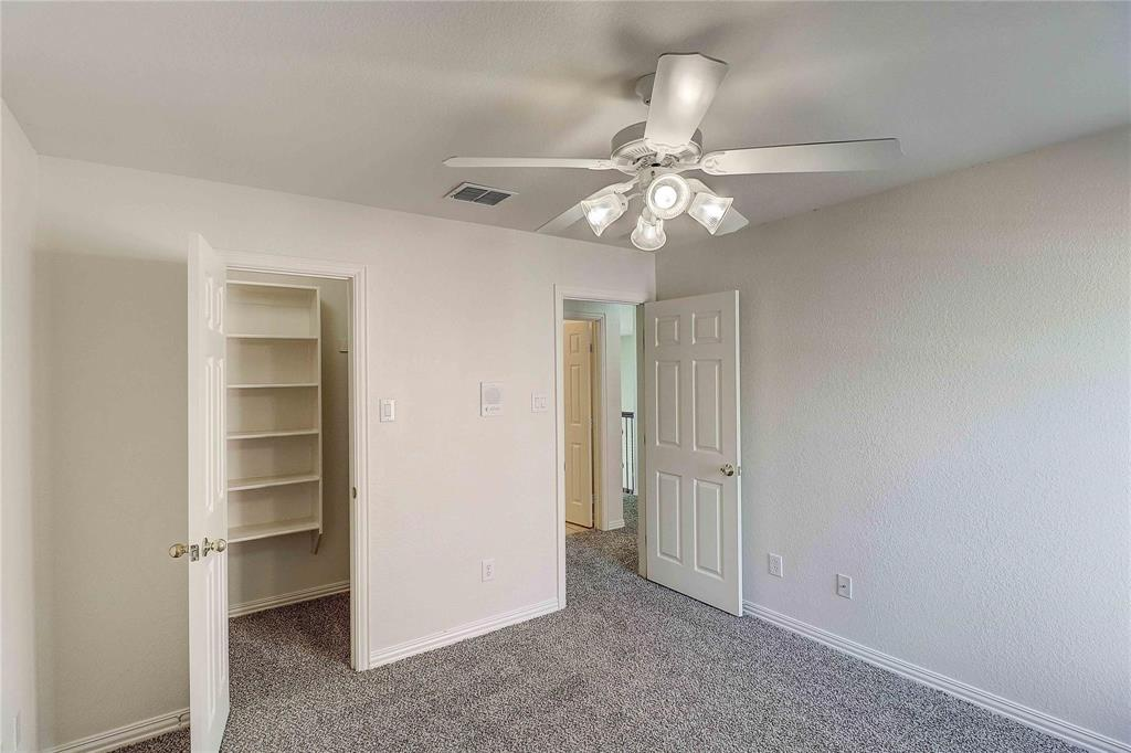 8910 Forest Hills Drive, Irving, Texas 75063 - acquisto real estate agent of the year mike shepherd