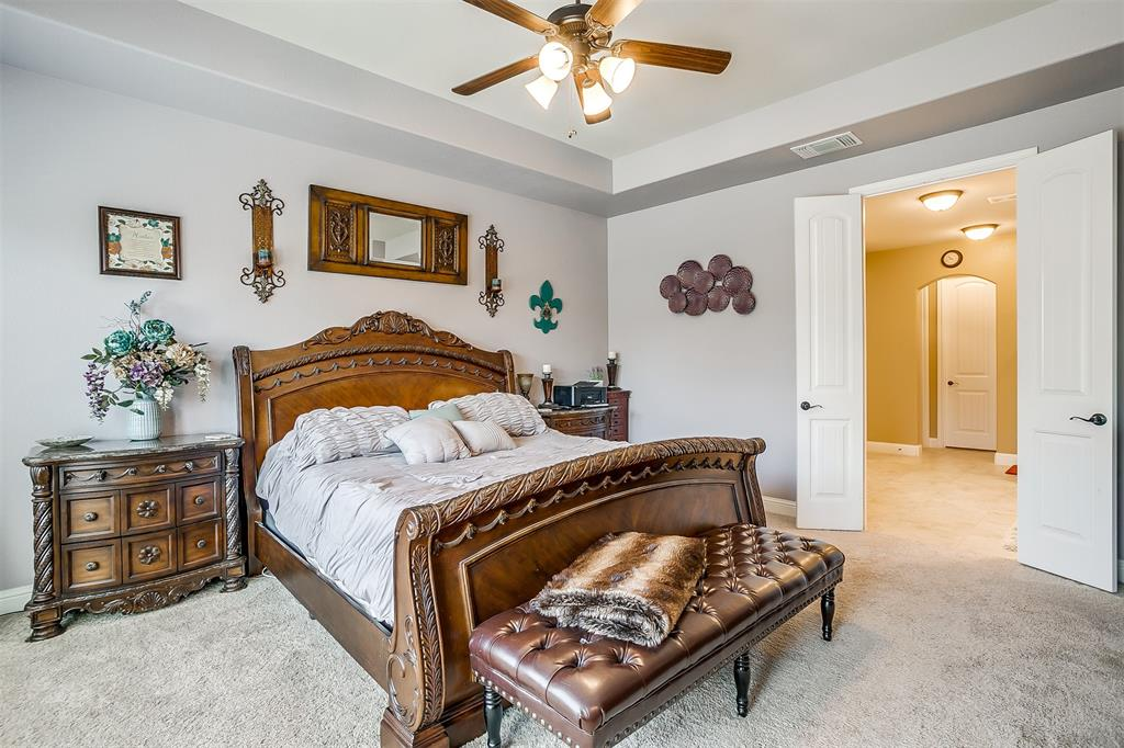 944 Merion Drive, Fort Worth, Texas 76028 - acquisto real estate best realtor foreclosure real estate mike shepeherd walnut grove realtor