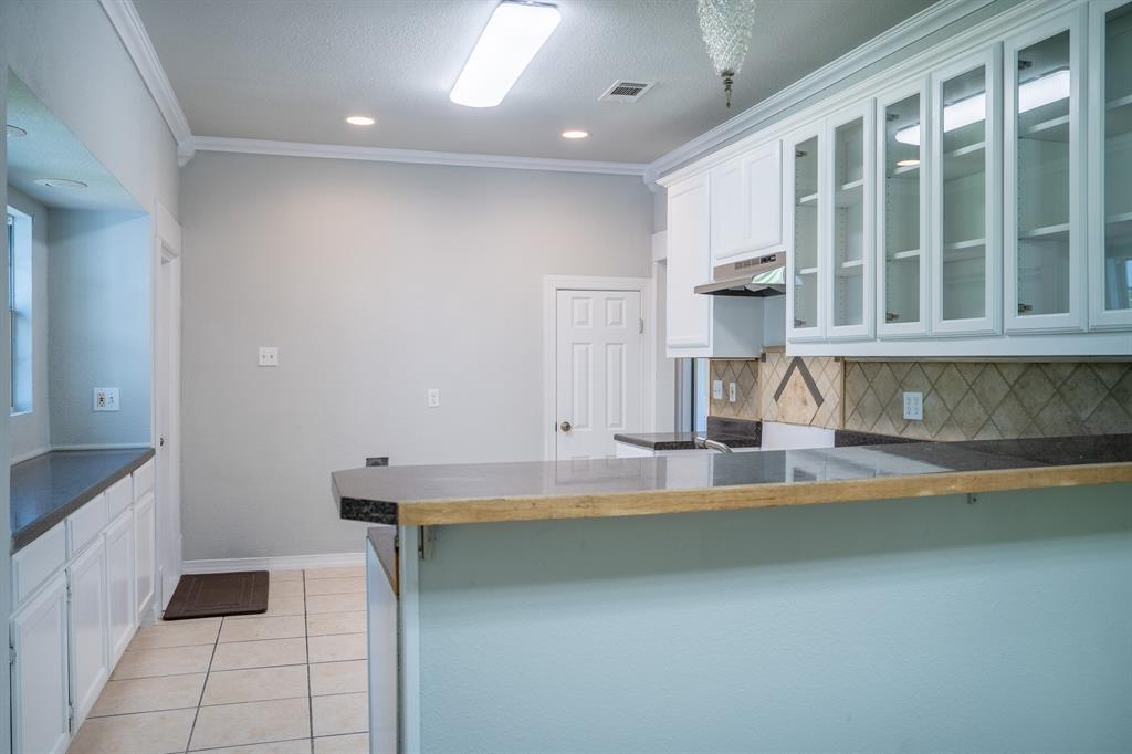 1101 Earl  Street, Commerce, Texas 75428 - acquisto real estate best frisco real estate agent amy gasperini panther creek realtor