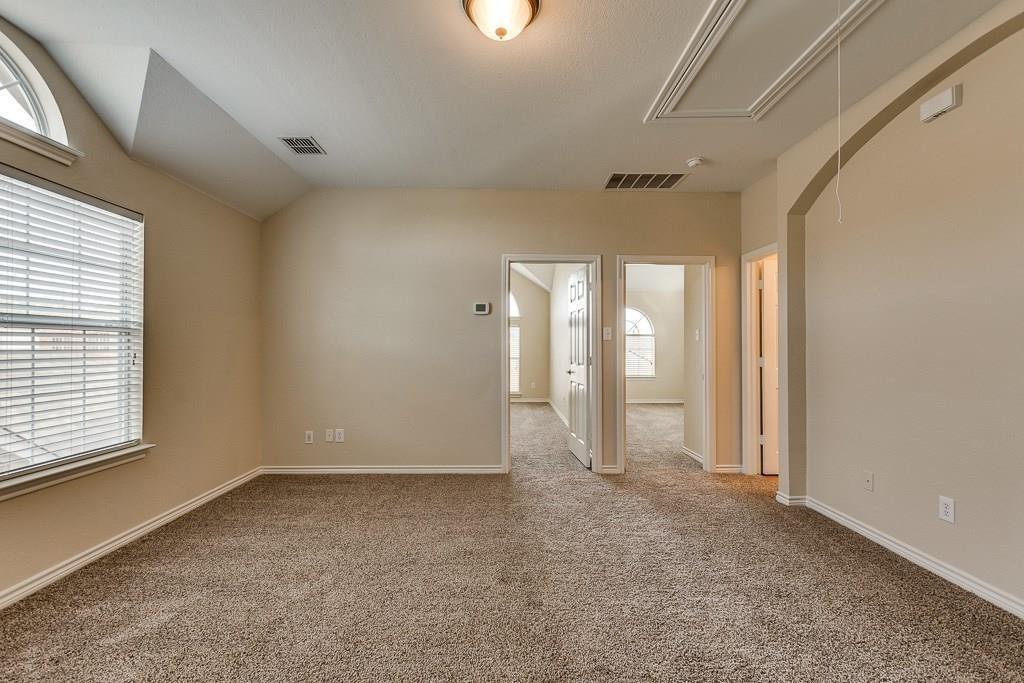11805 Vienna Apple Road, Fort Worth, Texas 76244 - acquisto real estate best realtor dfw jody daley liberty high school realtor