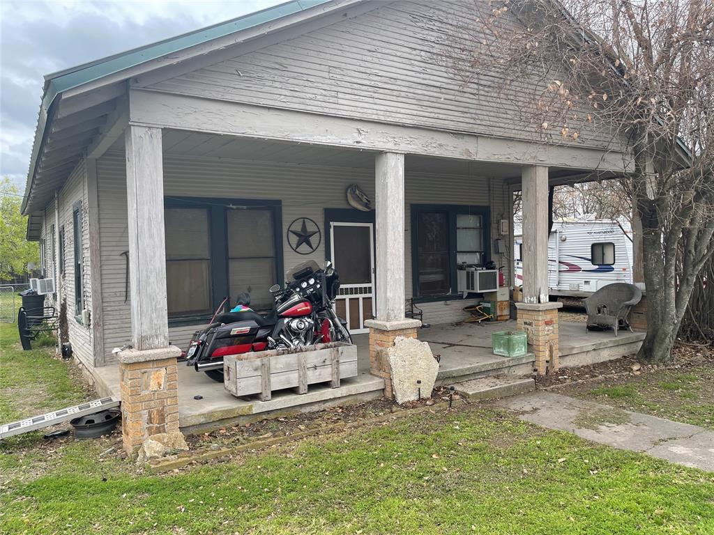 533 Blackjack Street, Dublin, Texas 76446 - Acquisto Real Estate best plano realtor mike Shepherd home owners association expert
