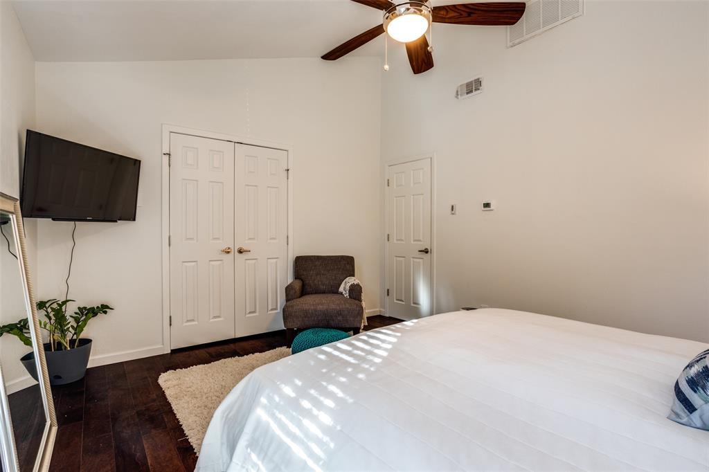 4025 Holland Avenue, Dallas, Texas 75219 - acquisto real estate best photos for luxury listings amy gasperini quick sale real estate