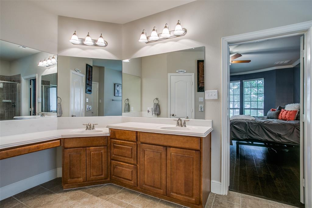 2170 Hunt Club Trail, Frisco, Texas 75033 - acquisto real estate best new home sales realtor linda miller executor real estate