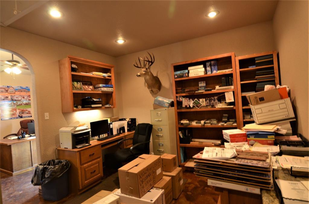 101 Chrissa Drive, Pottsboro, Texas 75076 - acquisto real estate best real estate company to work for
