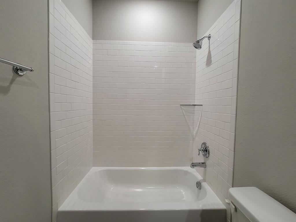 2305 Templin Avenue, Forney, Texas 75126 - acquisto real estate best designer and realtor hannah ewing kind realtor