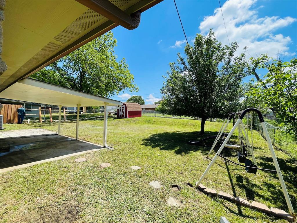 2636 Bluebird  Lane, Mesquite, Texas 75149 - acquisto real estate best realtor dallas texas linda miller agent for cultural buyers