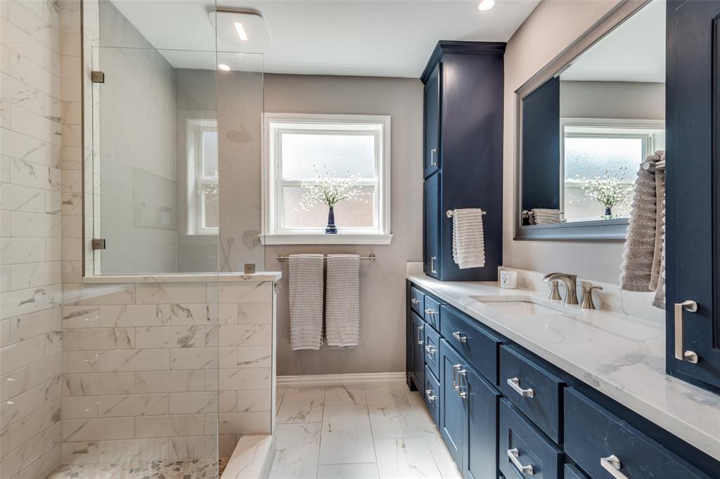 4304 Joshua  Lane, Dallas, Texas 75287 - acquisto real estate best plano real estate agent mike shepherd