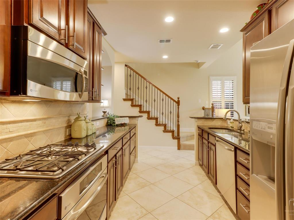1626 Southwestern Drive, Allen, Texas 75013 - acquisto real estate best prosper realtor susan cancemi windfarms realtor