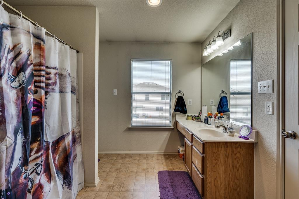 158 Washington  Way, Venus, Texas 76084 - acquisto real estate agent of the year mike shepherd