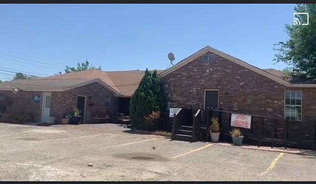 2340 CHANDLER  Drive, Fort Worth, Texas 76111 - Acquisto Real Estate best plano realtor mike Shepherd home owners association expert