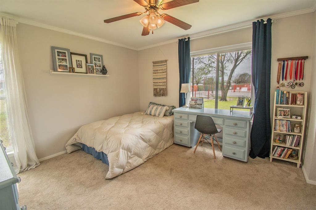 104 Oak Lane, Burleson, Texas 76028 - acquisto real estate best realtor dallas texas linda miller agent for cultural buyers