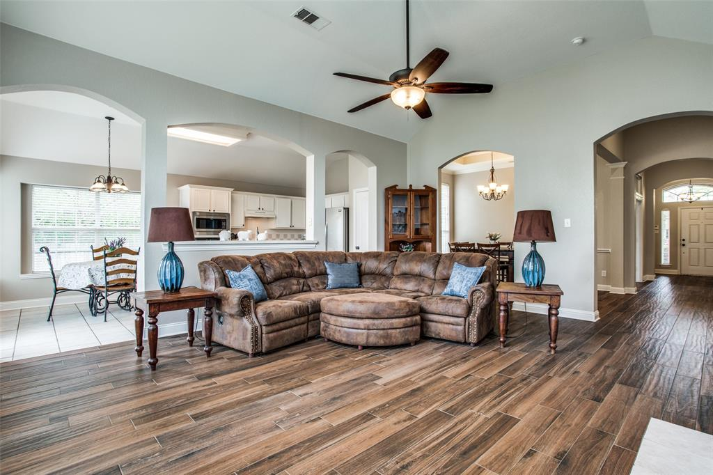 5004 Forest Lawn  Drive, McKinney, Texas 75071 - acquisto real estate best real estate company in frisco texas real estate showings
