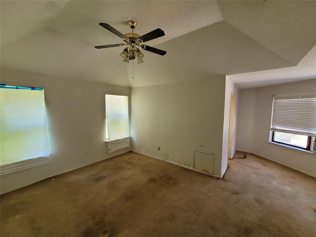 2617 Hawk  Drive, Mesquite, Texas 75181 - acquisto real estate best celina realtor logan lawrence best dressed realtor