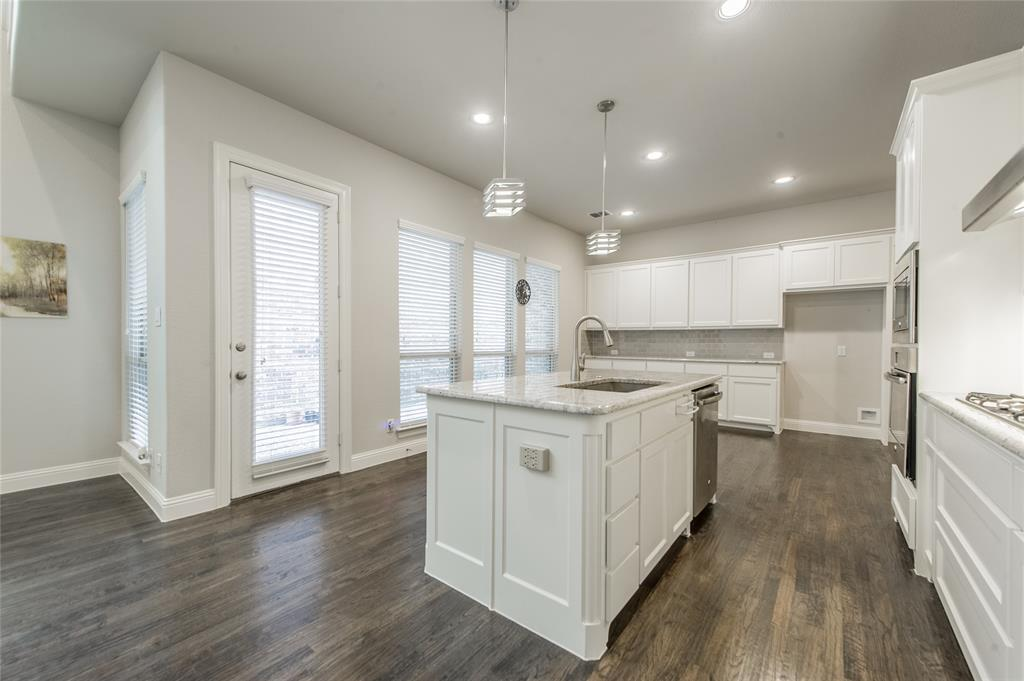 7409 Collin McKinney Parkway, McKinney, Texas 75070 - acquisto real estate best real estate company to work for