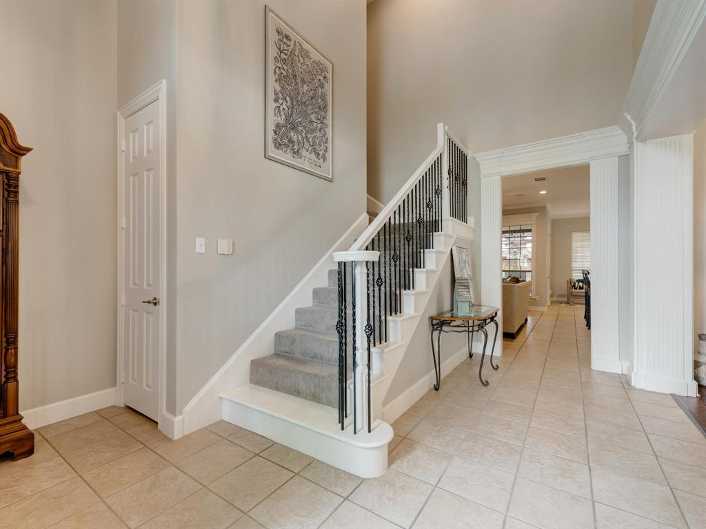 8309 Valley Oaks  Drive, North Richland Hills, Texas 76182 - acquisto real estate best flower mound realtor jody daley lake highalands agent of the year