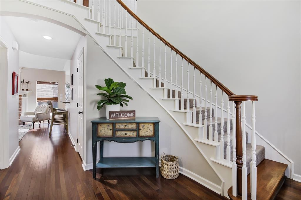 2404 Candlebrook  Drive, Flower Mound, Texas 75028 - acquisto real estate best the colony realtor linda miller the bridges real estate