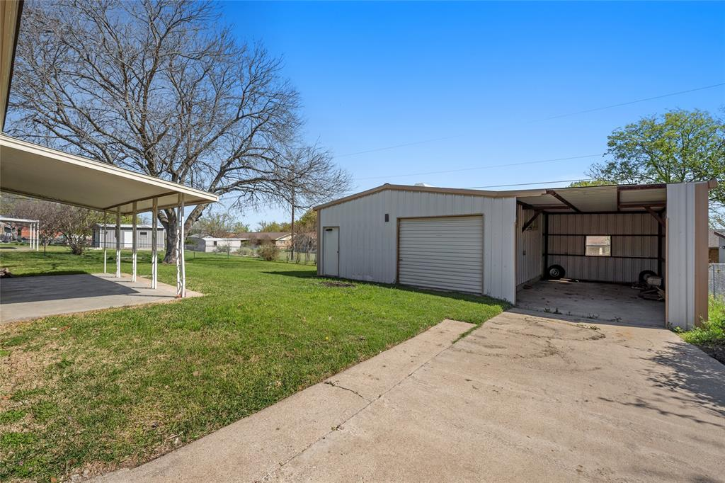 615 Ave O Clifton, Texas 76634 - acquisto real estate best realtor foreclosure real estate mike shepeherd walnut grove realtor