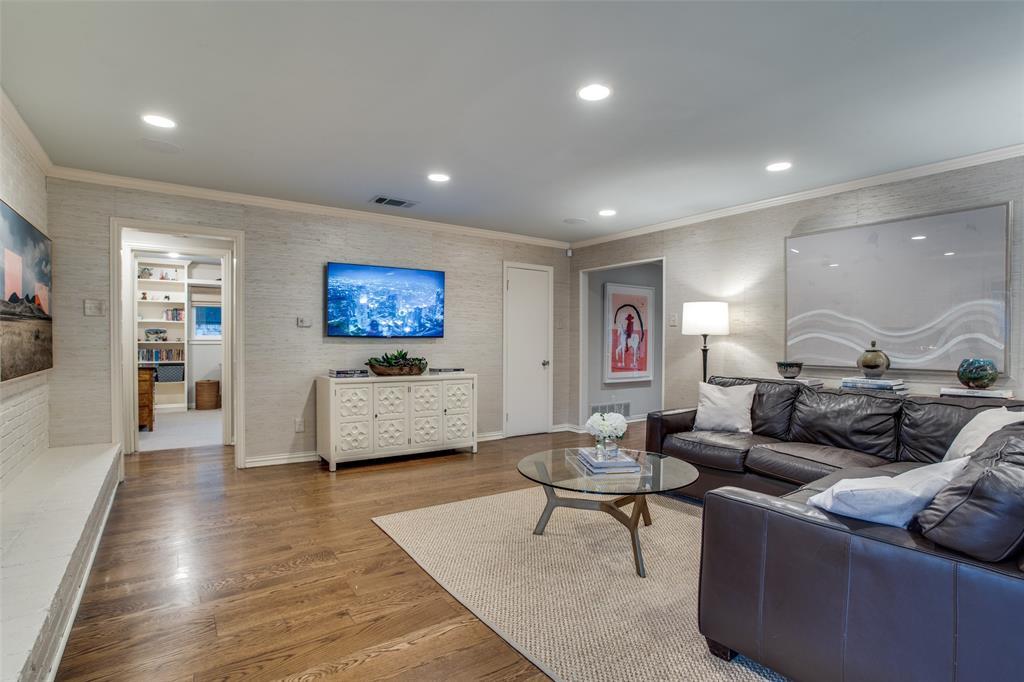 10748 Saint Lazare Drive, Dallas, Texas 75229 - acquisto real estate best investor home specialist mike shepherd relocation expert
