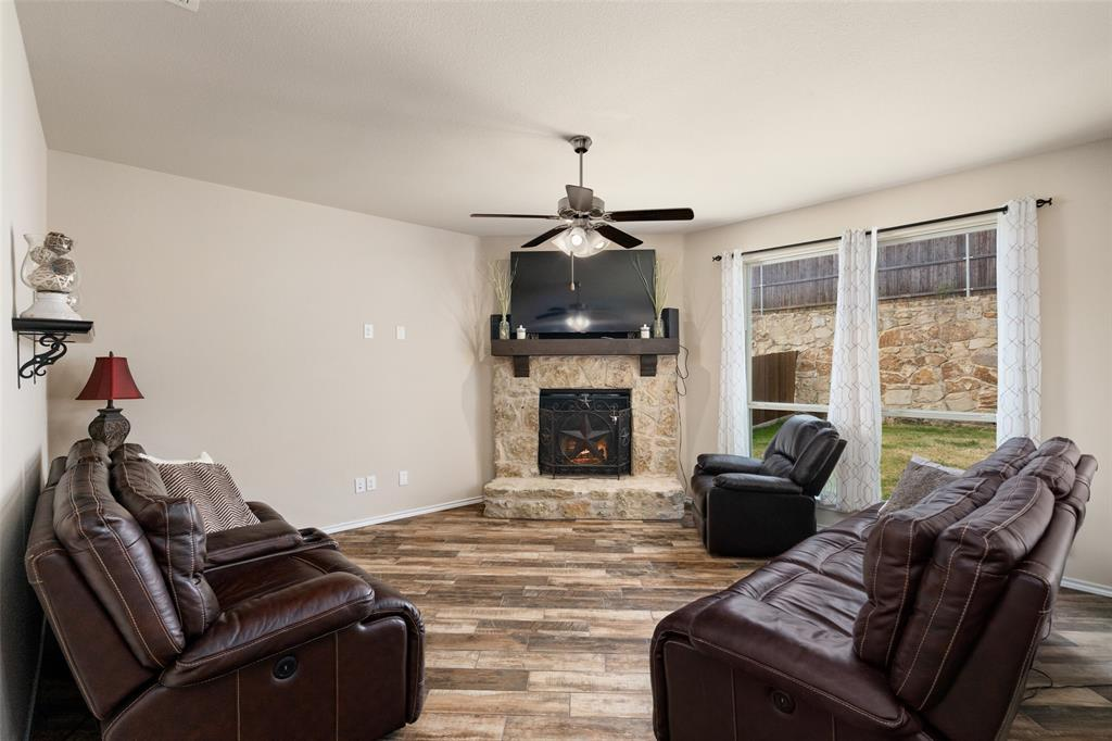9145 Bronze Meadow  Drive, Fort Worth, Texas 76131 - acquisto real estate best celina realtor logan lawrence best dressed realtor
