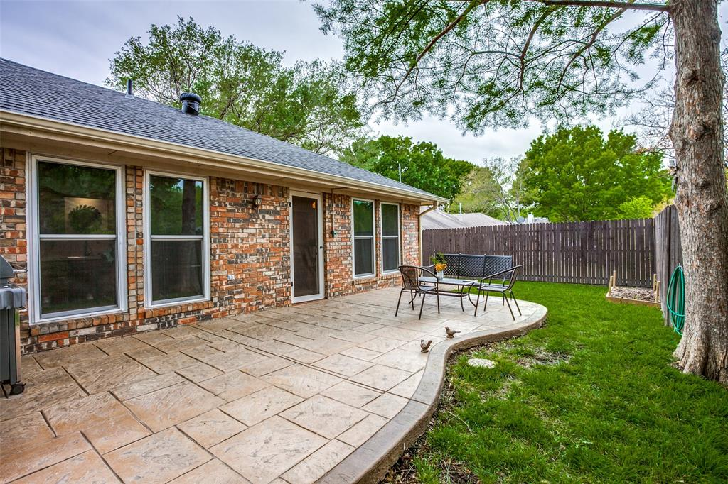 106 Forest  Lane, McKinney, Texas 75069 - acquisto real estate best realtor dallas texas linda miller agent for cultural buyers
