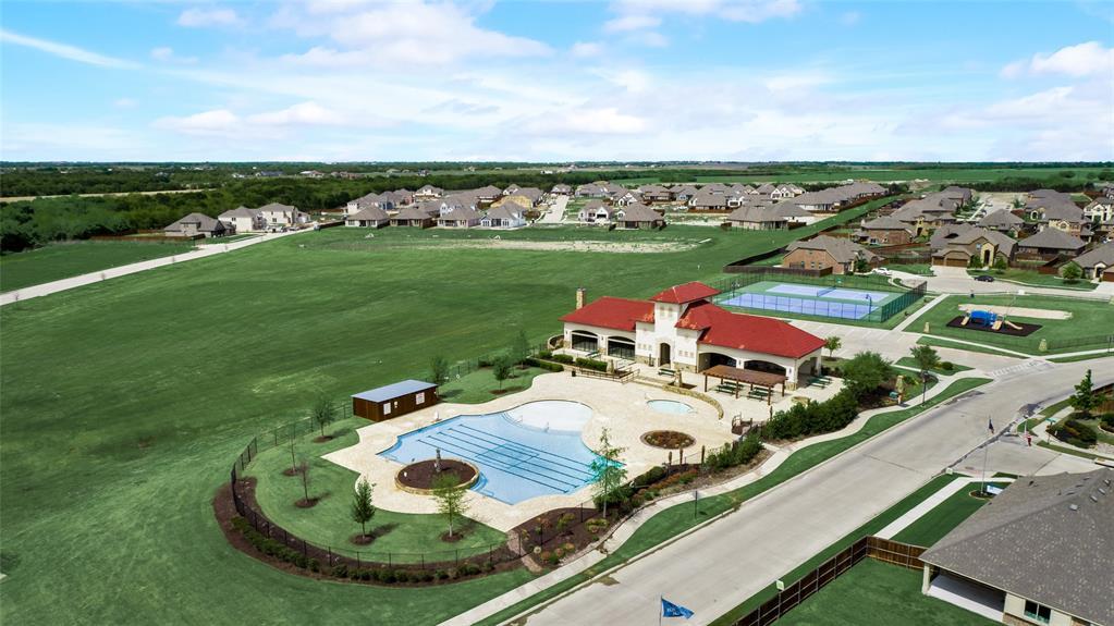 1315 Livorno  Drive, McLendon Chisholm, Texas 75032 -