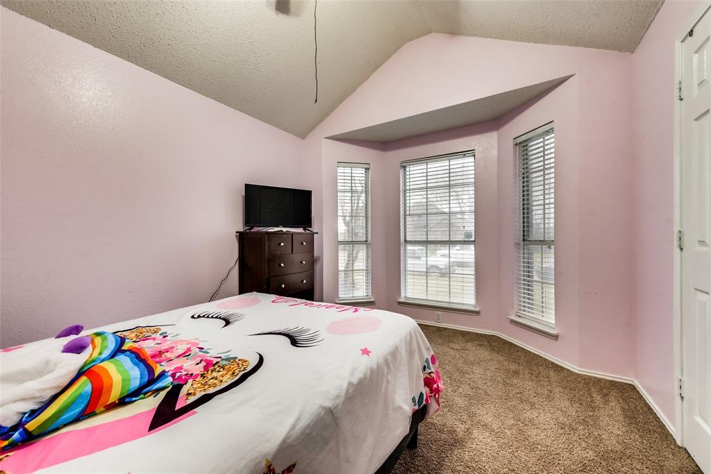 820 Miles  Lane, Cedar Hill, Texas 75104 - acquisto real estate best listing listing agent in texas shana acquisto rich person realtor