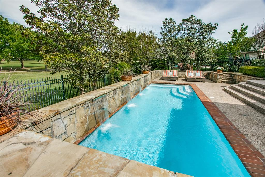 12 Riviera  Court, Trophy Club, Texas 76262 - acquisto real estate mvp award real estate logan lawrence