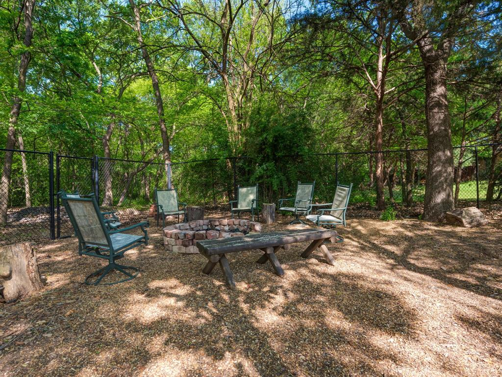 311 Cottonwood  Trail, Shady Shores, Texas 76208 - acquisto real estate best relocation company in america katy mcgillen